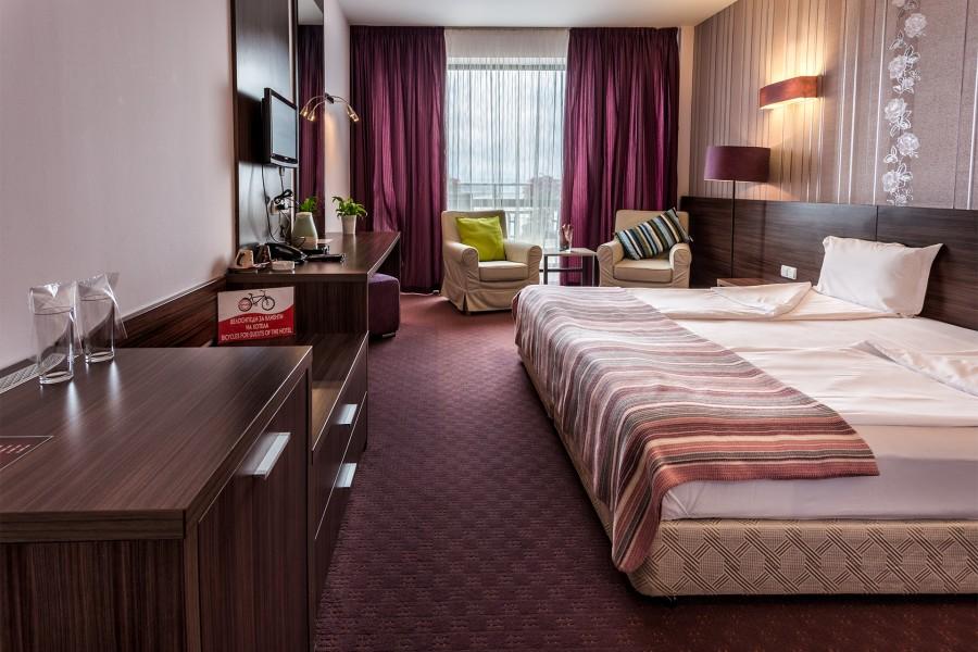 Стая тип спалня